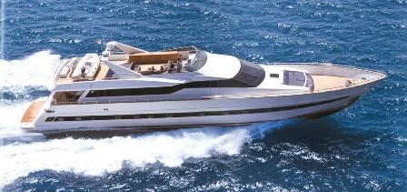 http://www.amphitrion-yachting.com/boats/sin/2321brochure1.jpg